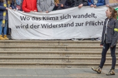 """Fridays for Future""-Bewegung am Opernplatz.12.04.2019"